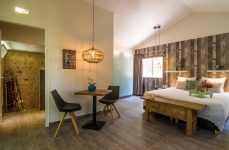 BambooBali Deluxe cottage_inside deluxe (Small)