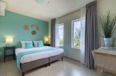 Dolphin Suites - bedroom suite