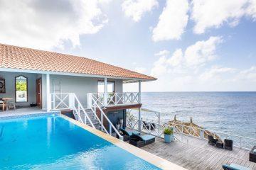 Villa Oceanfront S-16