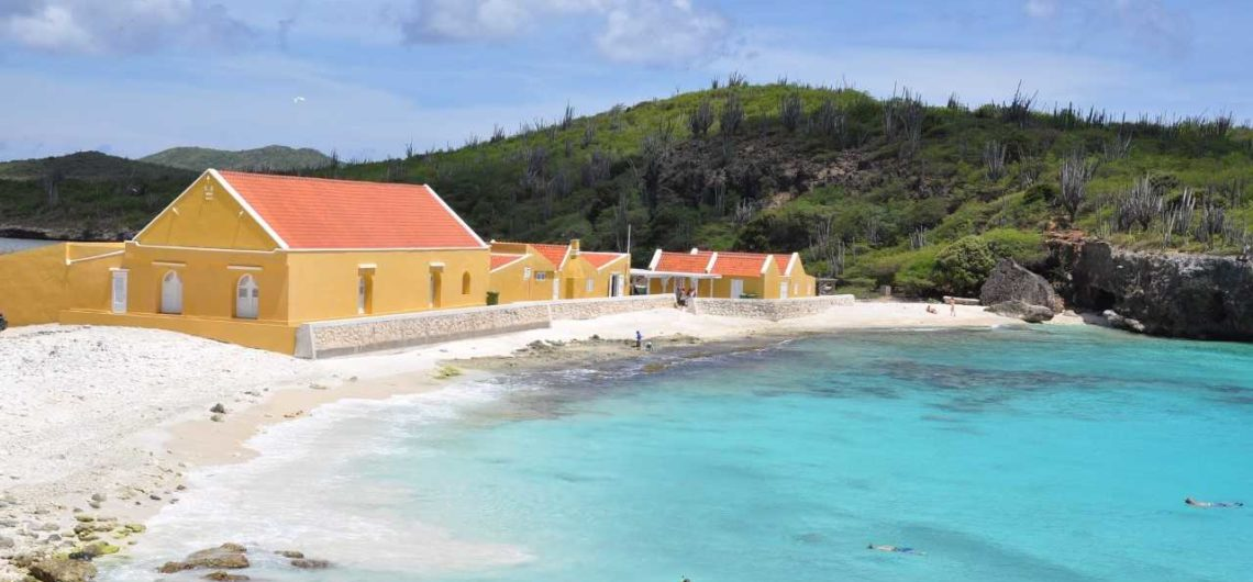April = bonaire maand