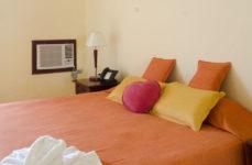 Los Jazmines - Tropical room